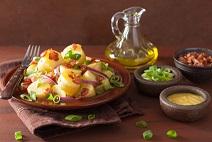 ... Tarragon oder Dill (German Potato Salad with Bacon, Eggs, and Tarragon