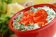 spinach-artichoke-dip-with-tomatoes-213x141