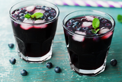What could be better on a hot summer day than a shrub made with blueberries, lemon white balsamic and sparkling water. So cooling and refreshing!